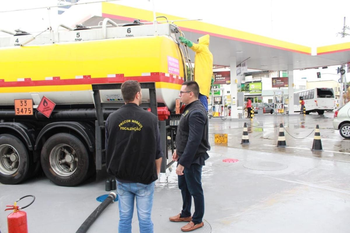 Procon autua 41 postos por elevarem o preço da gasolina acima da margem de venda
